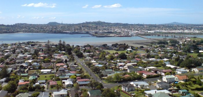 Real estate boss disputes claims Auckland has become a buyers' market
